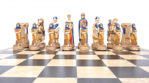 Studio Anne Carlton Battle of Bannockburn British Hand Made Chess Set Scottish Team