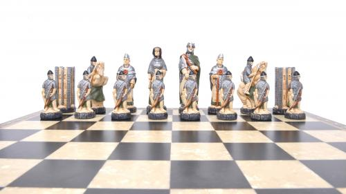 Studio Anne Carlton Battle of Hastings British Hand Made Chess Set French team