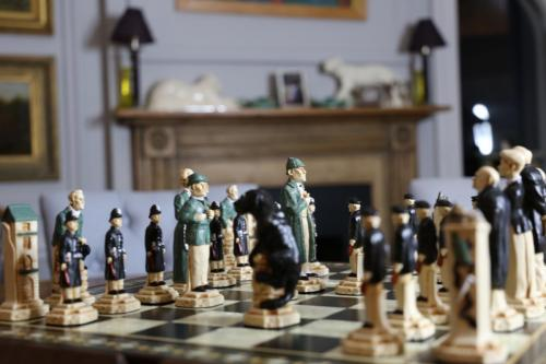 Studio Anne Carlton British Hand Made Chess Sets by Prestigegames.co.uk7