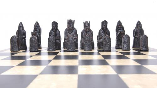 Studio Anne Carlton Isle of Lewis British Hand Made Chess Set Black Team