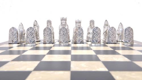 Studio Anne Carlton Isle of Lewis in Pewter British Hand Made Chess Set White team