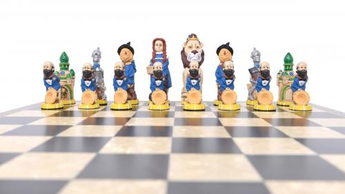 Studio Anne Carlton Wizard of Oz British Hand Made Chess Set Dorethy team